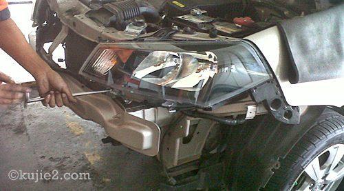 tukar lampu kereta