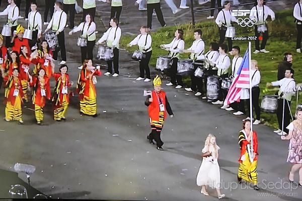 perarakan pasukan malaysia olimpik 2012