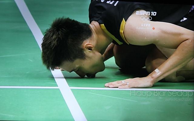 Gambar Yang Membawa Lee Chong Wei Layak ke Final Olimpik 2012