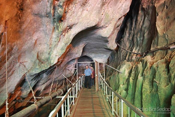 gambar gua kelam perlis