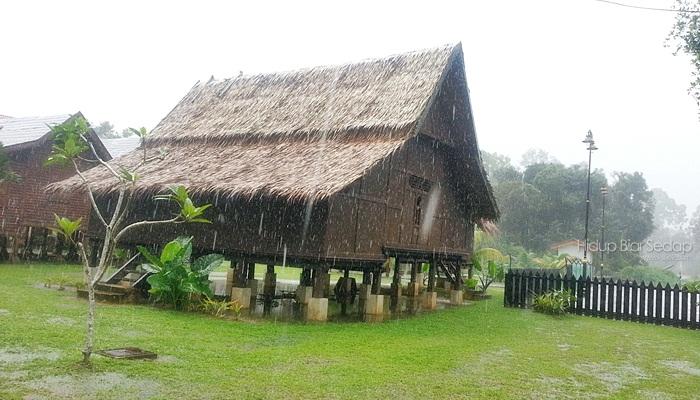Kompleks Budaya Pulau Keladi, Kampung Pulau Keladi