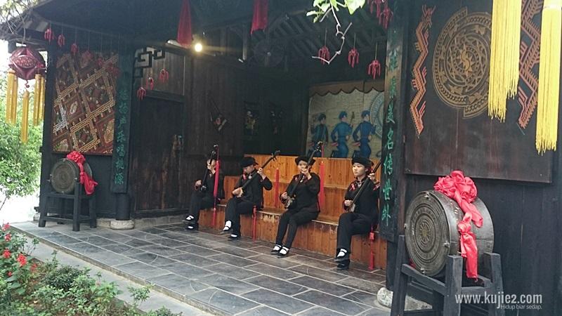Tempat Menarik di Yangshou Guilin