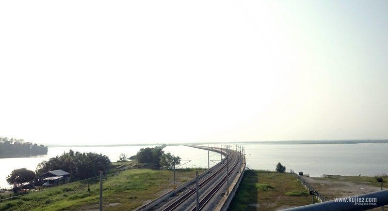 Bukit Merah Lake Railway Bridge